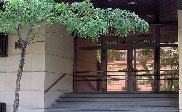 La Audiencia Nacional obliga a mantener una beca a una alumna suspendida por copiar