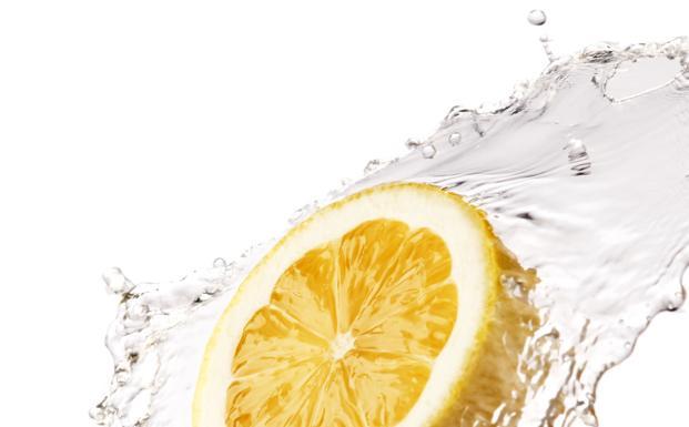 Un chorro de agua fría ayuda a la circulación.