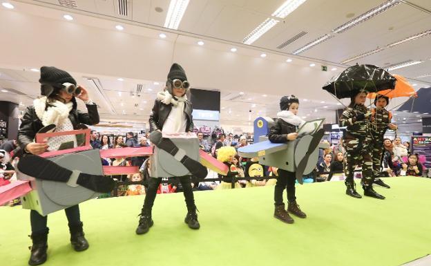 a35ee305c Carnaval en Avilés: El disfraz a concurso se olvida de la música ...