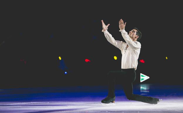 Javier Fernández, durante un ejercicio del espectáculo 'Revolution On Ice'./Revolution On Ice