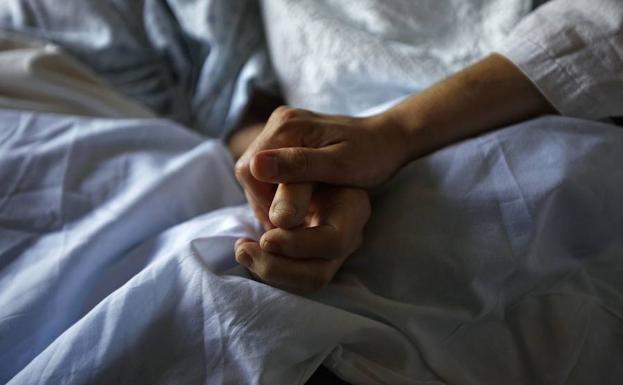 España cae al furgón de cola europeo de los cuidados paliativos.
