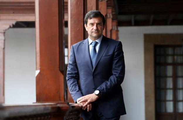 César Cernuda, en el Hotel de la Reconquista. / ÁLEX PIÑA
