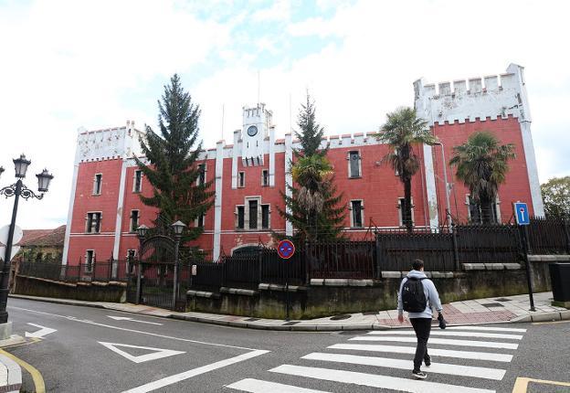 El Estado gastará 17.300 euros al mes en la seguridad de la antigua fábrica de La Vega