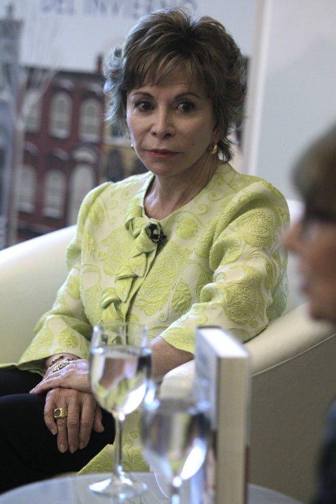 Isabel Allende   U00abtrump No Sabe Leer U00bb